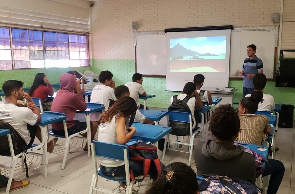 Escola De Conceição Da Barra Promove Palestra Motivacional