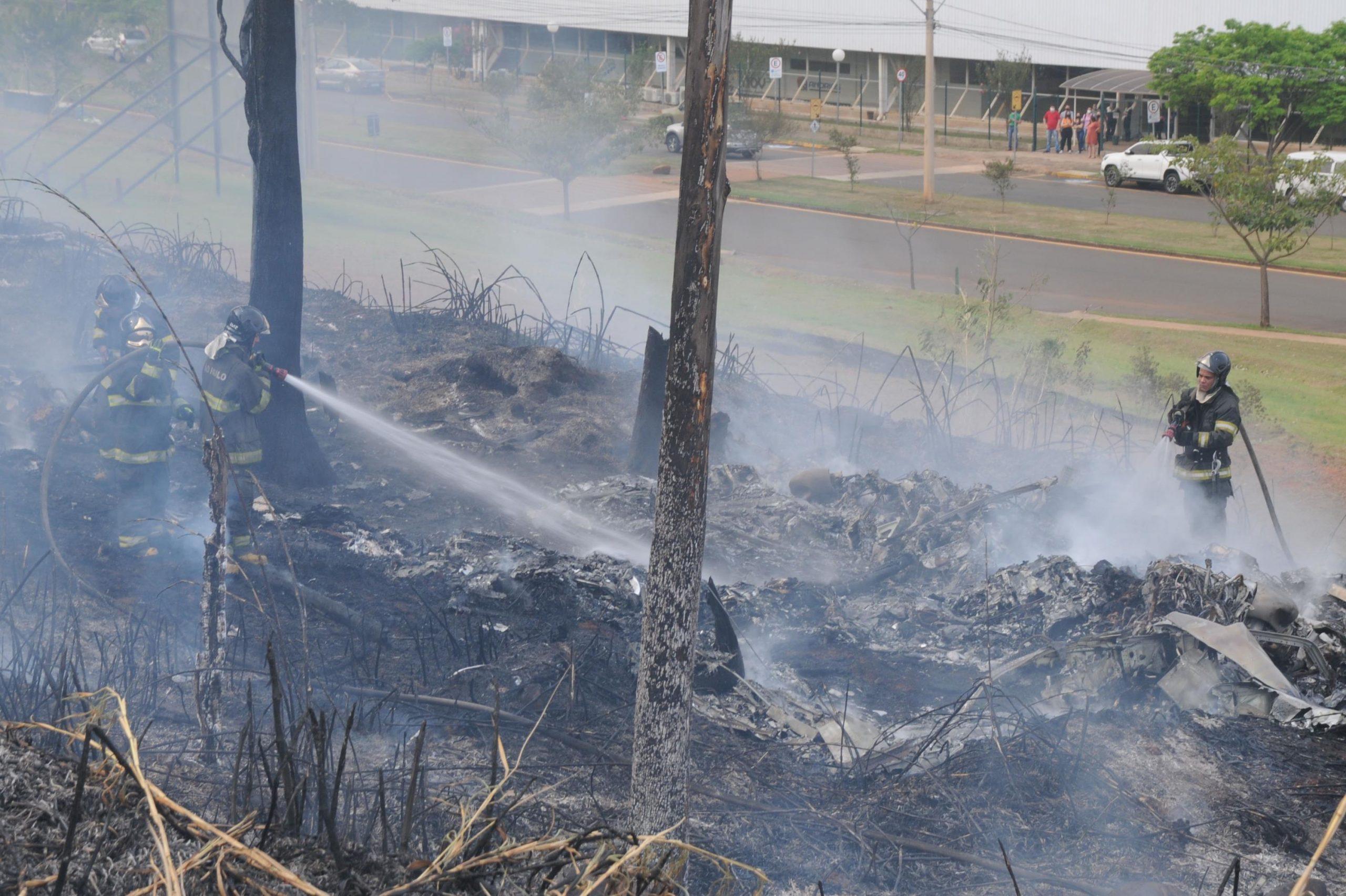 Avião de pequeno porte cai em Piracicaba (SP) e deixa sete mortos - TC Online